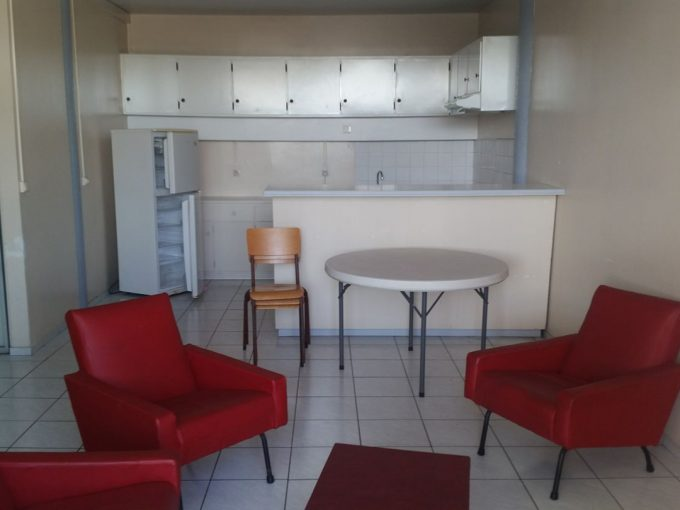 Paea c mer location appartement rel 45341 agence for Chambre au mois